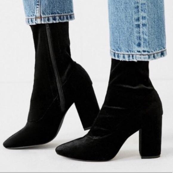 Sam Edelman Black Velvet Calexa Sock